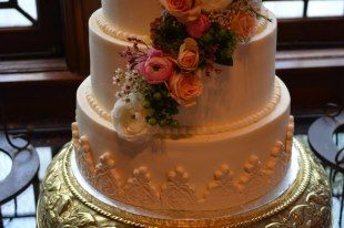 Bridal  - at Old Glory Ranch #weddingcakes www.oldgloryranch.com  www.facebook.com/oldgloryranch