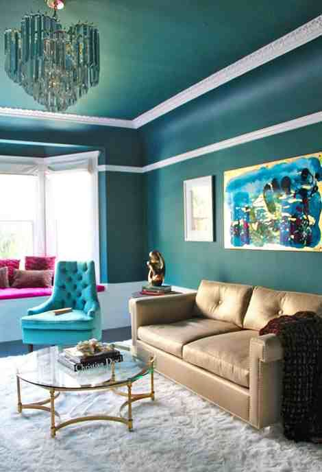 Metallic Gold Lightens And Warms The Room Sofa By Michelle Workman Is Upholstered In Schumacher Living Room Color Schemes Living Room Color Family Room Design #teal #and #gold #living #room