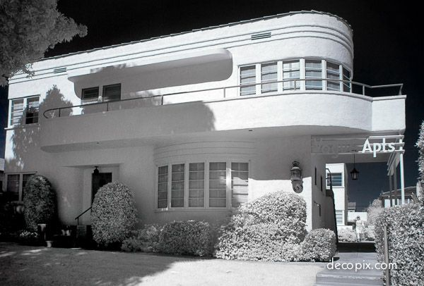 #ArtDeco | Vogue Apartments, Santa Monica, California. Designed by G.C. McAllister, 1937.
