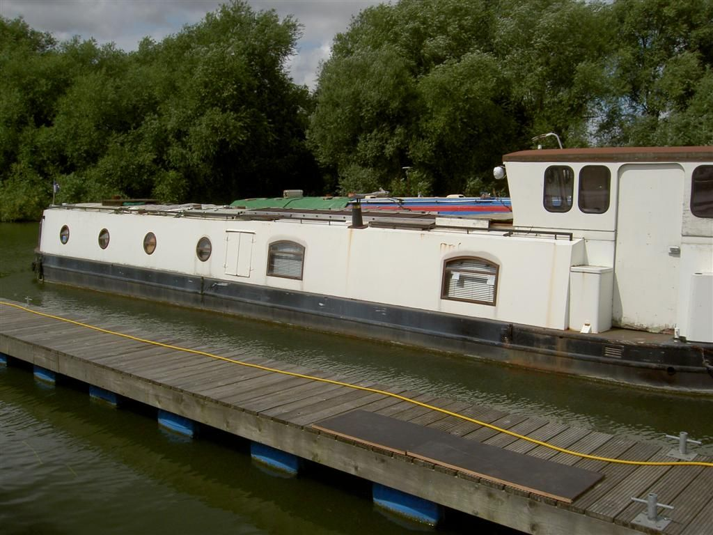 river barges for sale uk   ... - Narrowboats for Sale - River Cruisers for Sale - Boats for Sale