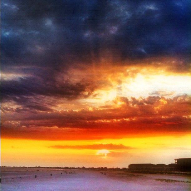 Dauphin Island, Alabama. Photo by Carmen K. Sisson/Cloudybright