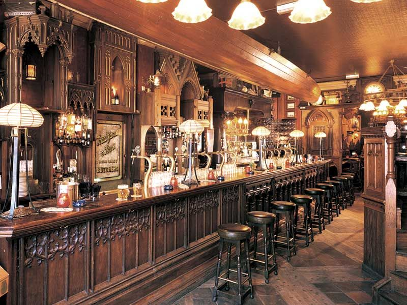 Pub Design And Refurbishment By Andy Thornton / Traditional Pub Interior
