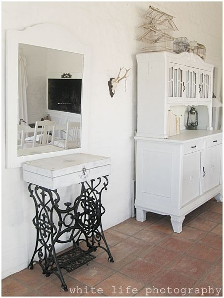 snow white mood pinterest alte n hmaschinen alter und m bel. Black Bedroom Furniture Sets. Home Design Ideas