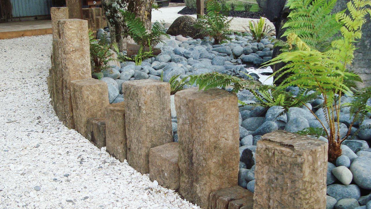 Creative Garden Edging Ideas   Iu0027d Extend With Sleepers.