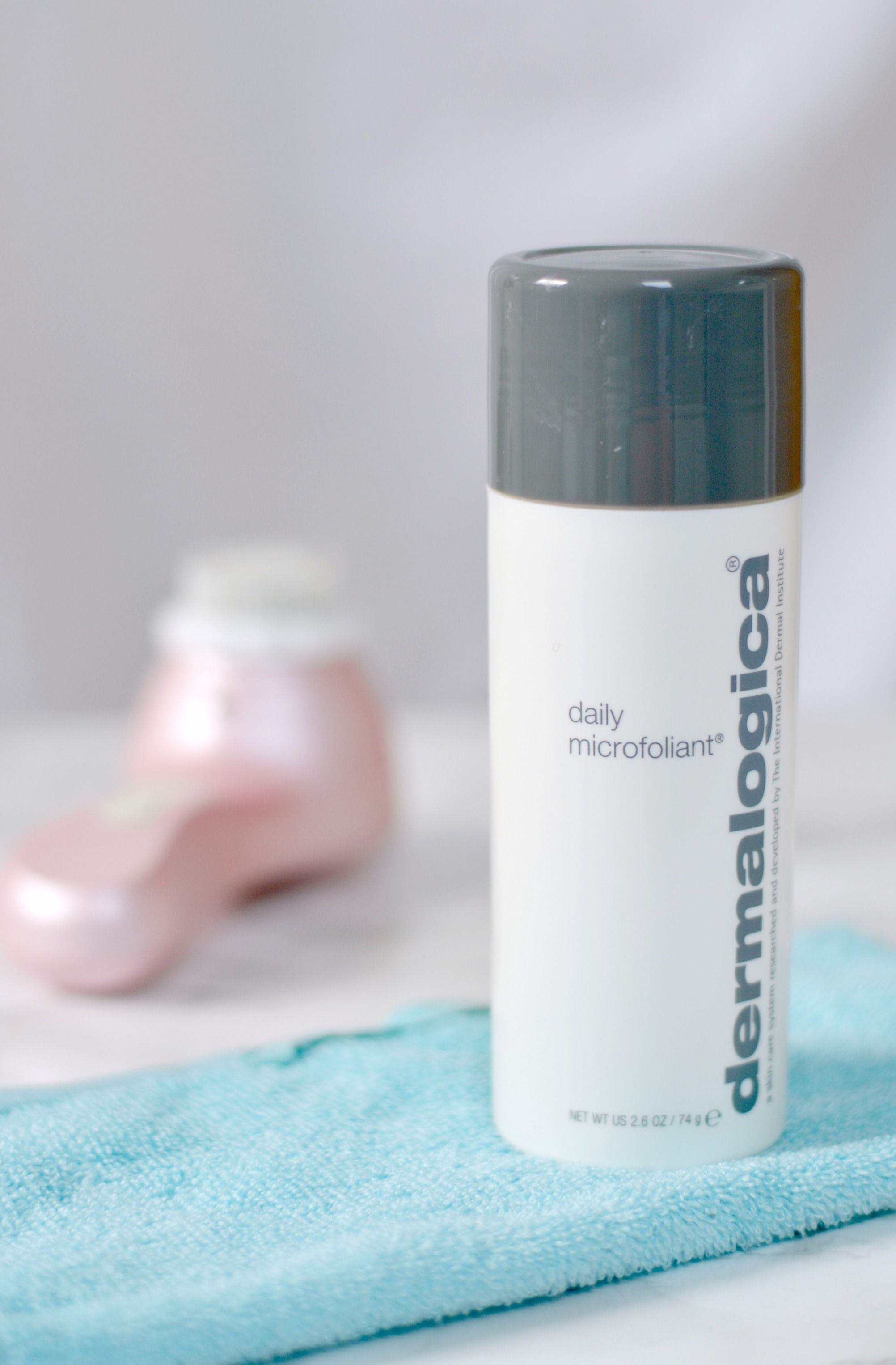 Reviewing my first ever Dermalogica skincare product on the blog today!  Check out the post below to find out more!    http://www.liliesbeauty.com/2017/07/dermalogica-daily-microfoliant.html