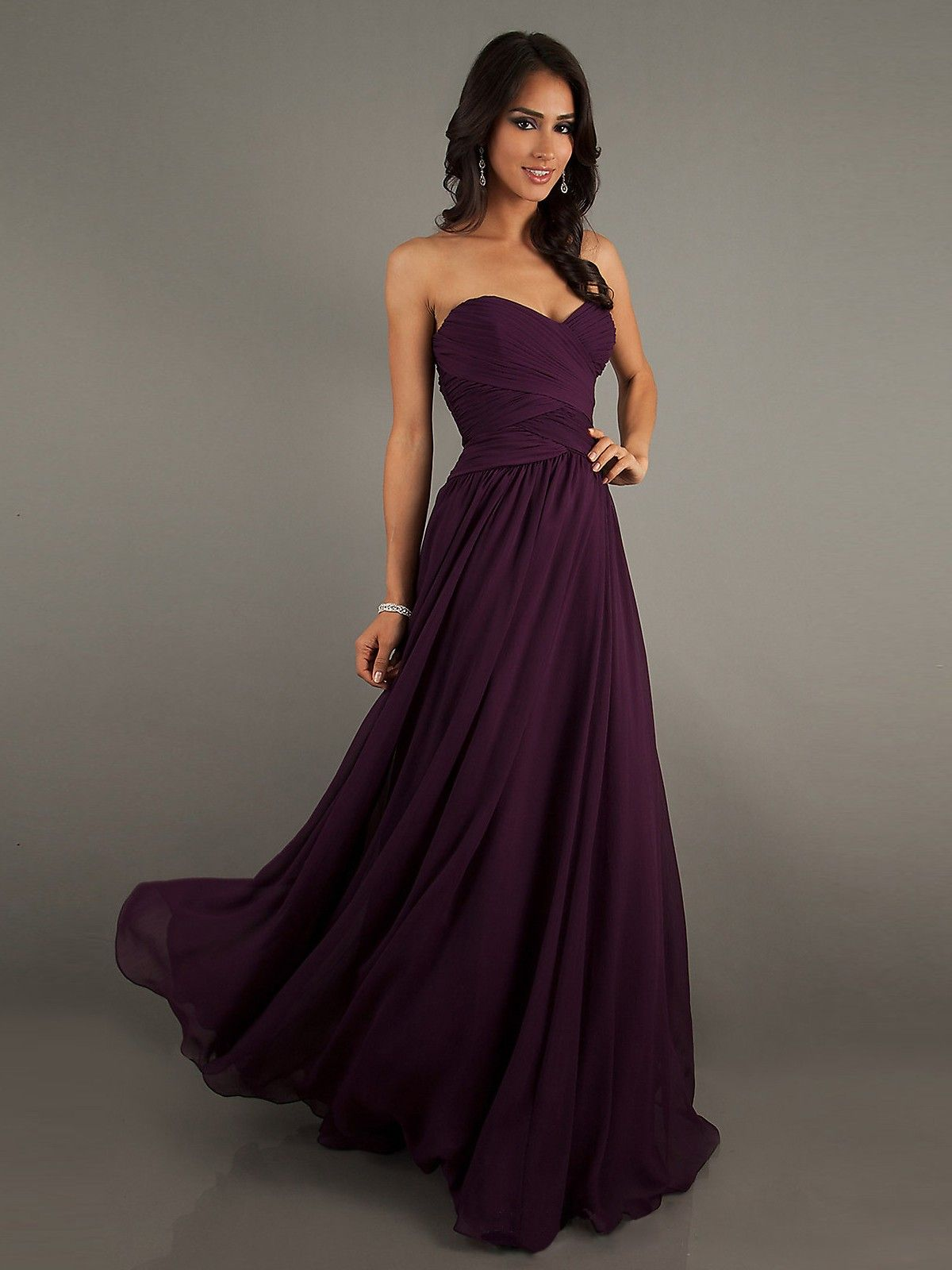 Eggplant Colored Chiffon Sweetheart Floor-Length Dress | Bodenlange ...