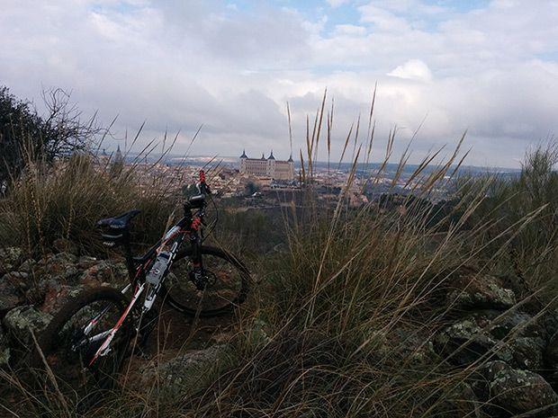 La foto del día en TodoMountainBike: 'El Valle de Toledo'