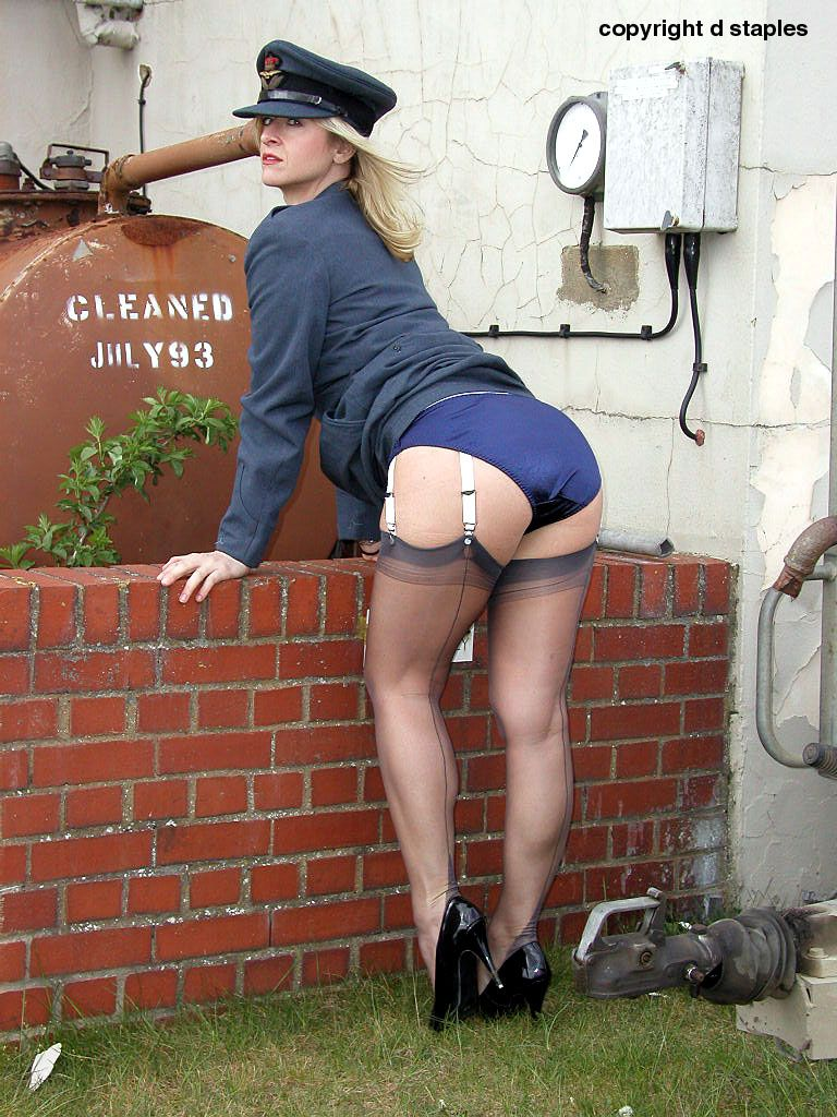 canyonville milf women Meet women for sex in merrillville tonight romeo looking for a juliet m4w i i look to like if looking like move, , hale pilgram ur touch to much, , like pilgreams pray with hand and hand to hand is holy palmers kiss, these lips like blushing pilgrams ready astand to recive thi luvs kiss,im lbs , i like the creative suicide girl type slim petite.