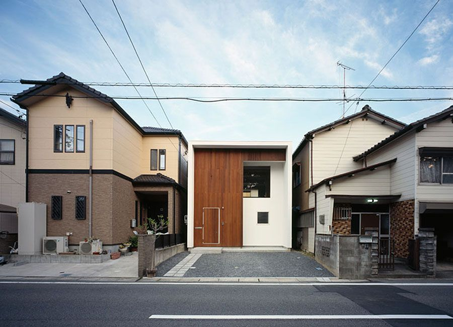 WBE House a Small Contemporary Home in Japan by AUAU Japan
