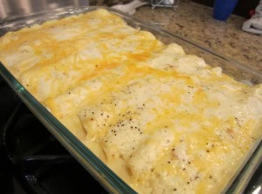Chicken Enchiladas With Sour Cream Sauce Recipe White Sauce Recipes Sour Cream Sauce Cream Sauce Recipes