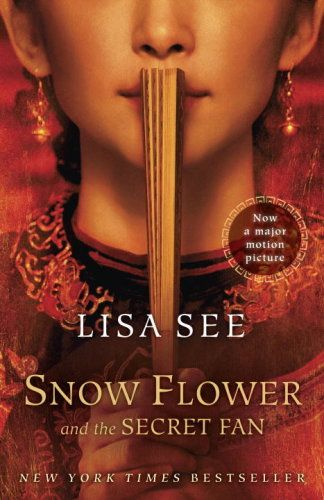 If you love Philippa Gregory, check out this list of 12 historical fiction recommendations. Featuring Snow Flower and the Secret Fan by Lisa See.