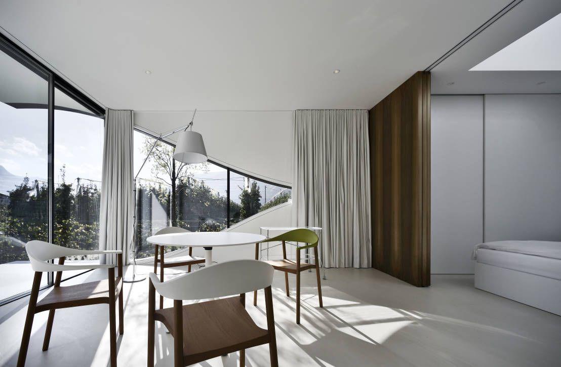 6 architetti per 6 stili diversi interior mirror for Case fatte da architetti
