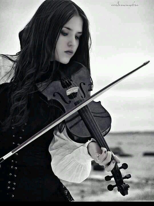 Vip Fashion Australia International Clothes Shop Violin Girl Playing Violin Violinist
