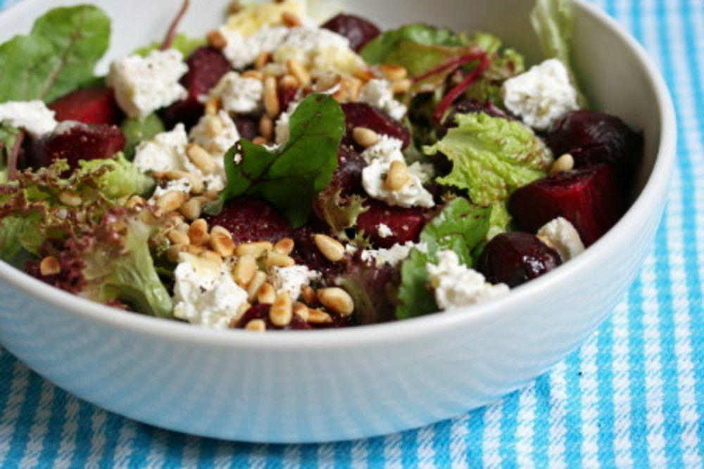 Zomerse rucola-bieten-geitenkaas salade - Favoriete Recepten