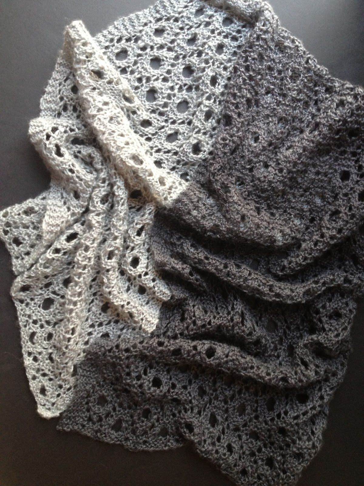 Reversible Circles of Lace (With images) | Scarf knitting ...
