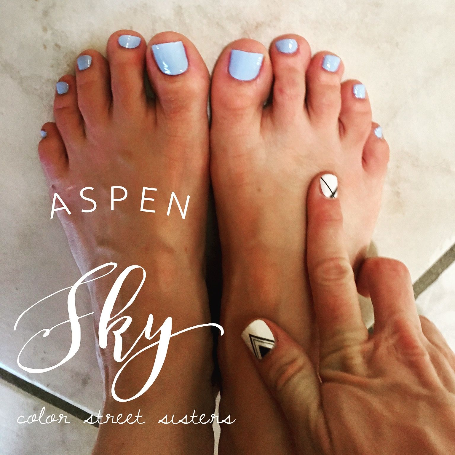 Color Street 100 Nail Polish Strips In Aspen Sky