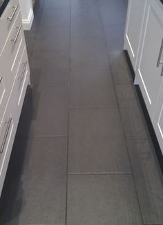 Slate Nero Floor Tiles With Dark Anthracite Grout Grey Kitchen Tiles Kitchen Floor Tile Grey Flooring