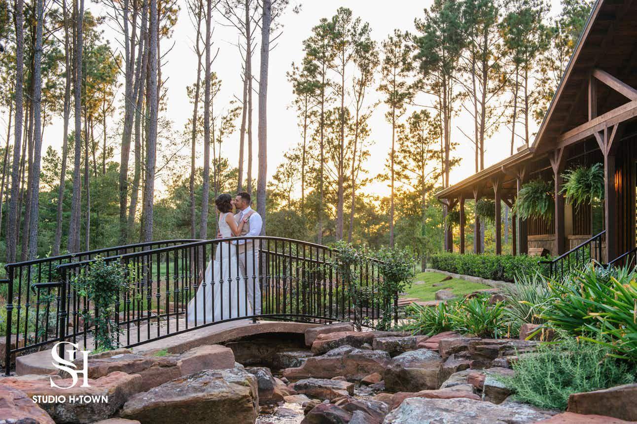 THE SPRINGS in Magnolia Weddings Houston Wedding Venues