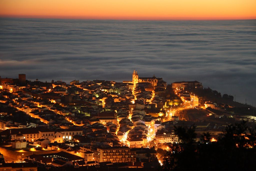 Portalegre city above the fog (Honourable Mention in Panoramio Contest - January 2011 - category scenery)