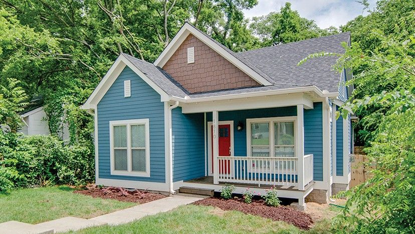 Home plan homepw77040 1396 square foot 3 bedroom 2 for Www homeplans com