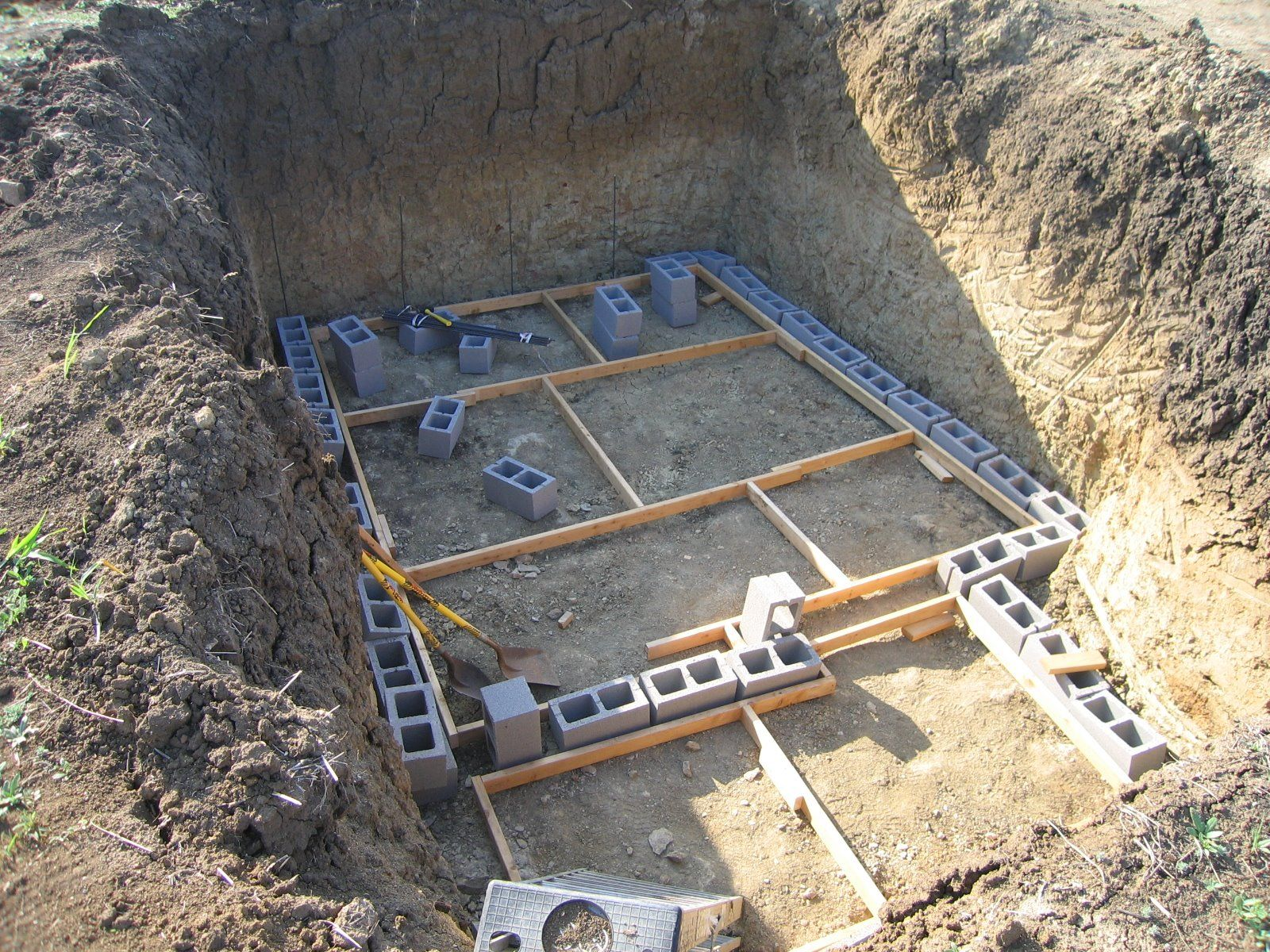 86 best 300per underground images on pinterest storm shelters