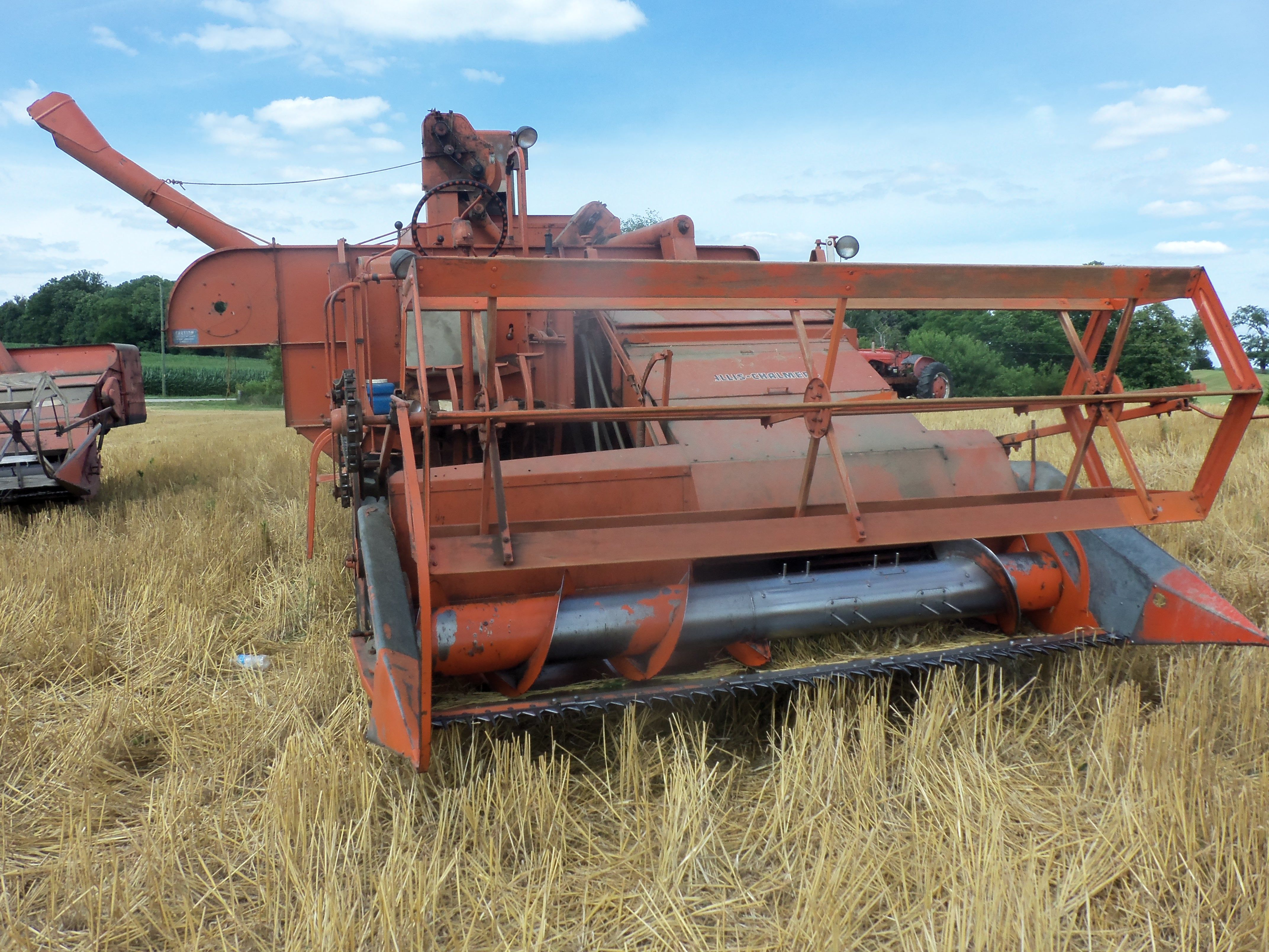 Front of Allis Chalmers 100 self propelled combine
