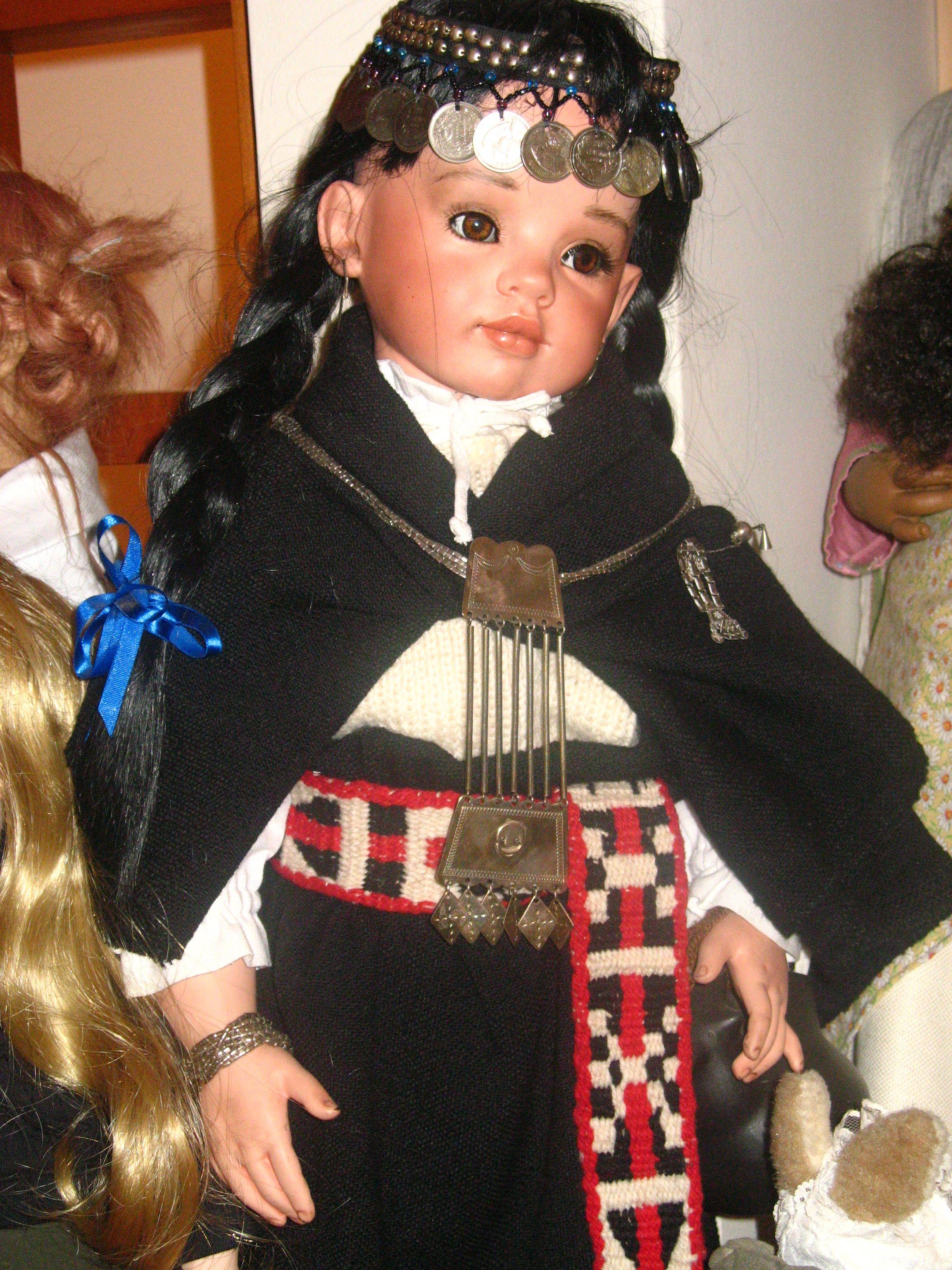 8fe05efbdec9 Muñeca de porcelana