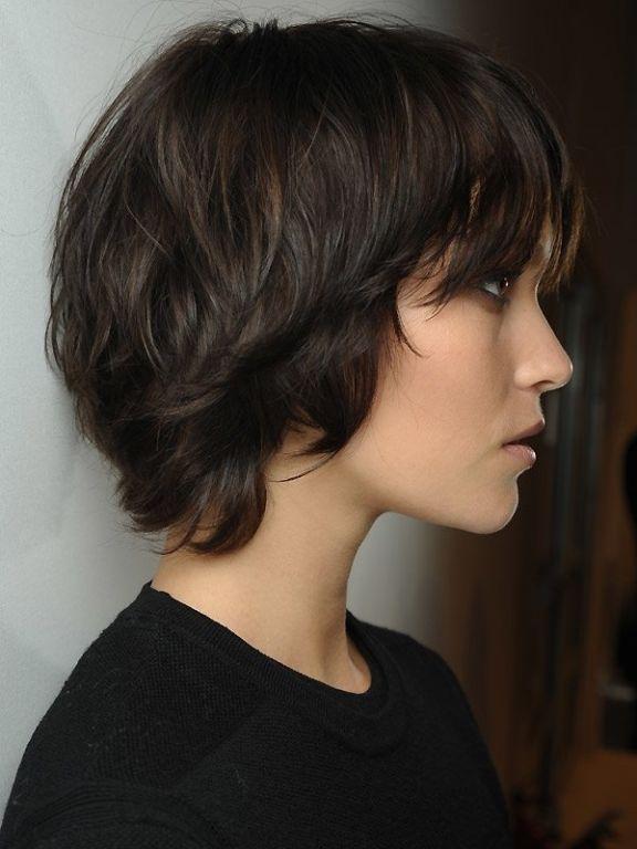 Frisuren Frauen Welliges Haar Frisurentrends Frisur Dicke Haare Kurzhaarfrisuren Pixie Frisur