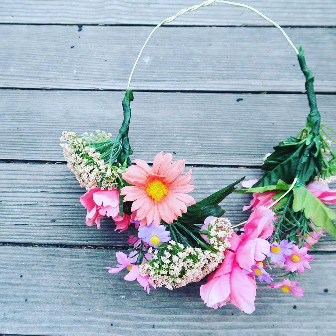 New Diy Flower Crown Tutorial Link In Bio Craft Diy Crafts