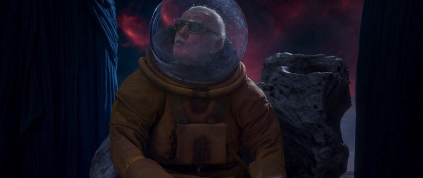 Chris Pratt and Zoe Saldana in Guardians of the Galaxy Vol. 2 ...