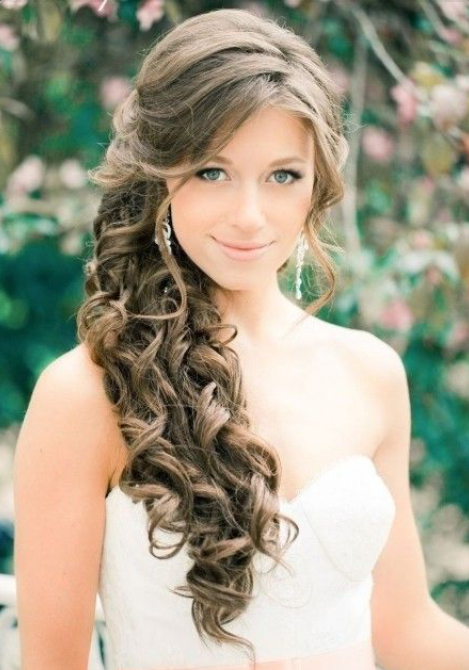 cabello largo castao con recogido de boda - Peinados Largos