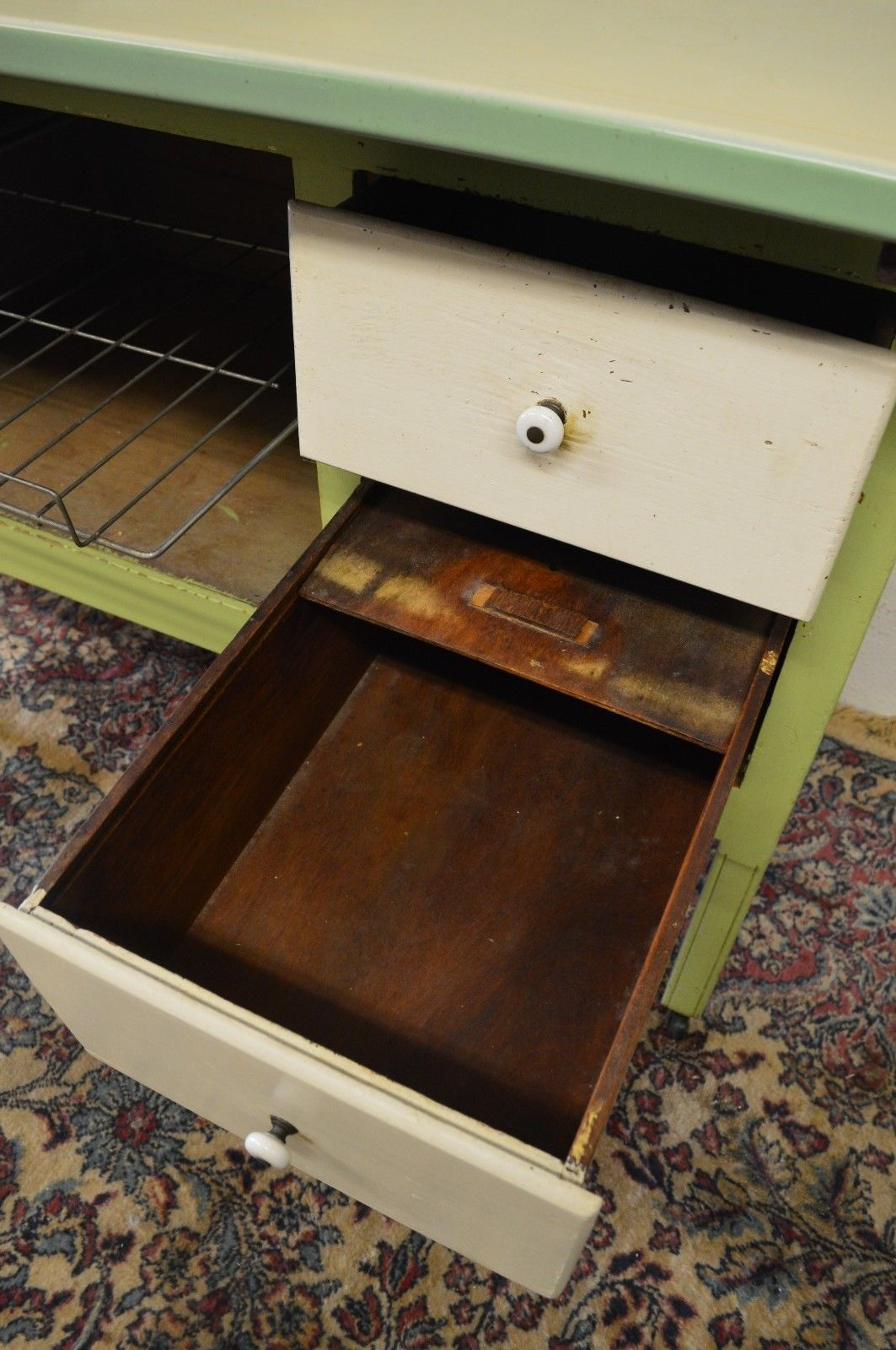 Antique 1920's Hoosier Cabinet with Flour Sifter Porcelain Top Vintage - Antique 1920's Hoosier Cabinet With Flour Sifter Porcelain Top