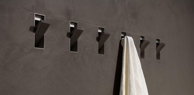 Accessori Bagno A Scomparsa.Bathroom Accessories Hidden In The Wall Sesamo By Antoniolupi Accessori Per Bagno Layout Di Bagno Design Del Water