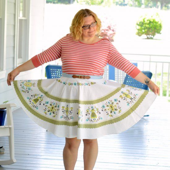 Check Out This Sewing Tutorial On How To Make A Skirt From A Vintage Round  Tablecloth