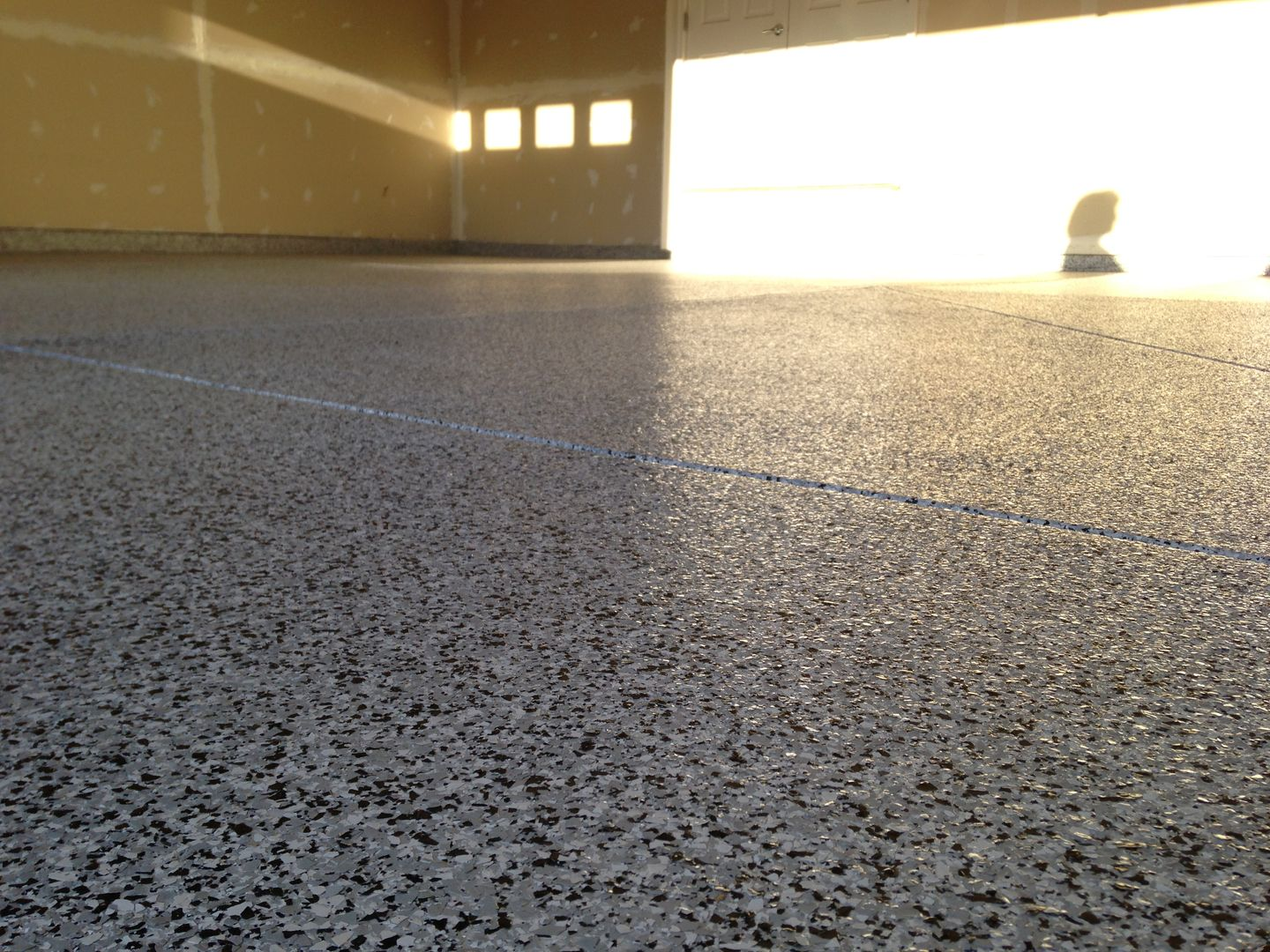garage or suzuki floor epoxy auto flooring paint coating