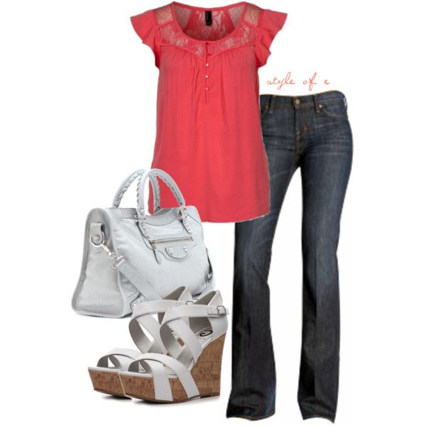 Citizens of Humanity Dark Flare Leg Jeans: Love the pink lacey top
