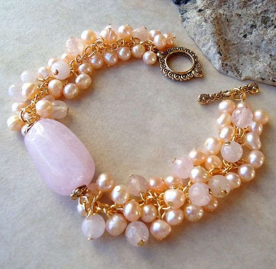 Quarzo rosa rosa pietra Bracelet.Pearls di GinaJiangDesign su Etsy