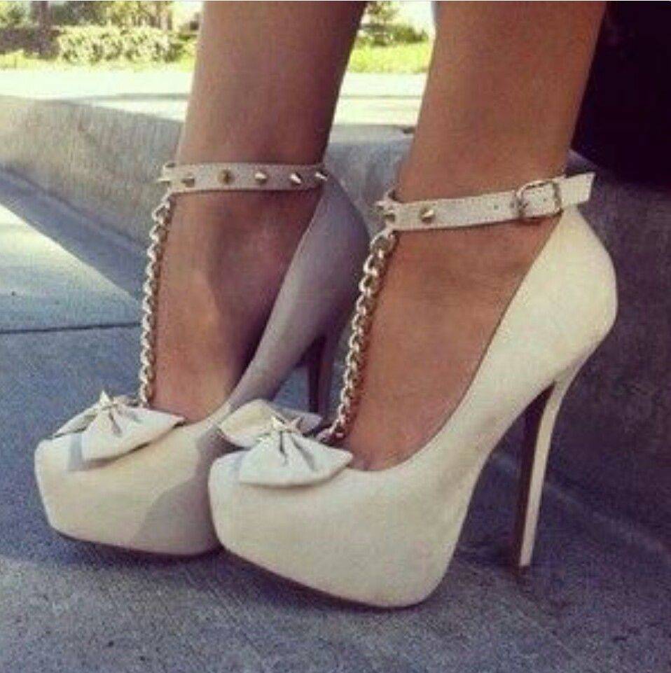 fa04acf1114 White bow heels   Shoes ☆ in 2019   Shoes, Cute heels, Heels