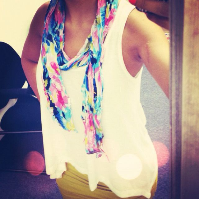 Spring scarf, for a casual simple day!