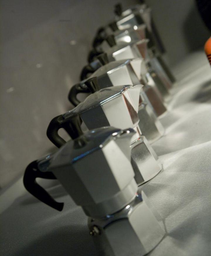 http://www.missclaire.it/foodbeverage/come-poter-ovviare-al-problema-del-caffe-cattivo-al-ristorante-ora-ve-lo-racconto-dal-mio-punto-di-vista/