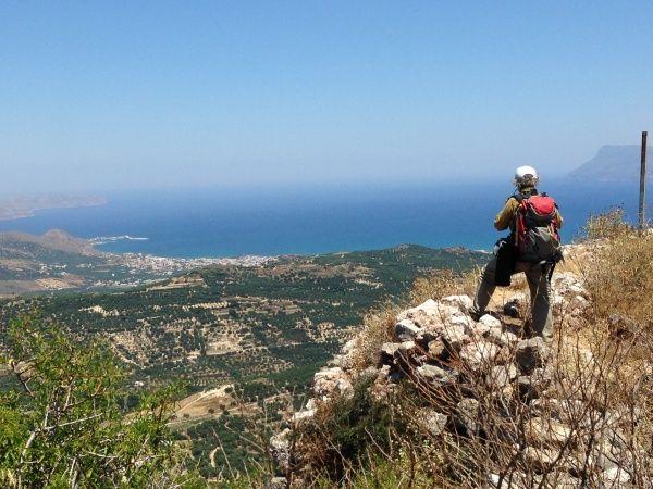 """Polyrrinia, Kreta Grecja.  """"Wyprawa do Polyrrinia"""". Na szczycie."""