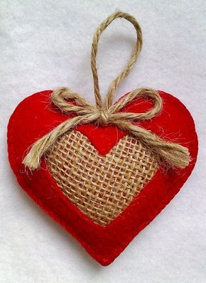 Handmade felt and burlap hearts set of 2, Christmas Tree Ornaments, Valentine's Hearts #animauxentissu