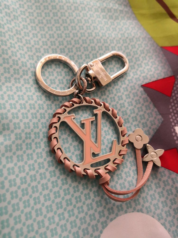 d86e382c0 BAG CHARM Keychain Key Chain LV VERY bag charm CIRCLE LV Pink #fashion  #clothing #shoes #accessories #womensaccessories #keychainsringsfinders  (ebay link)