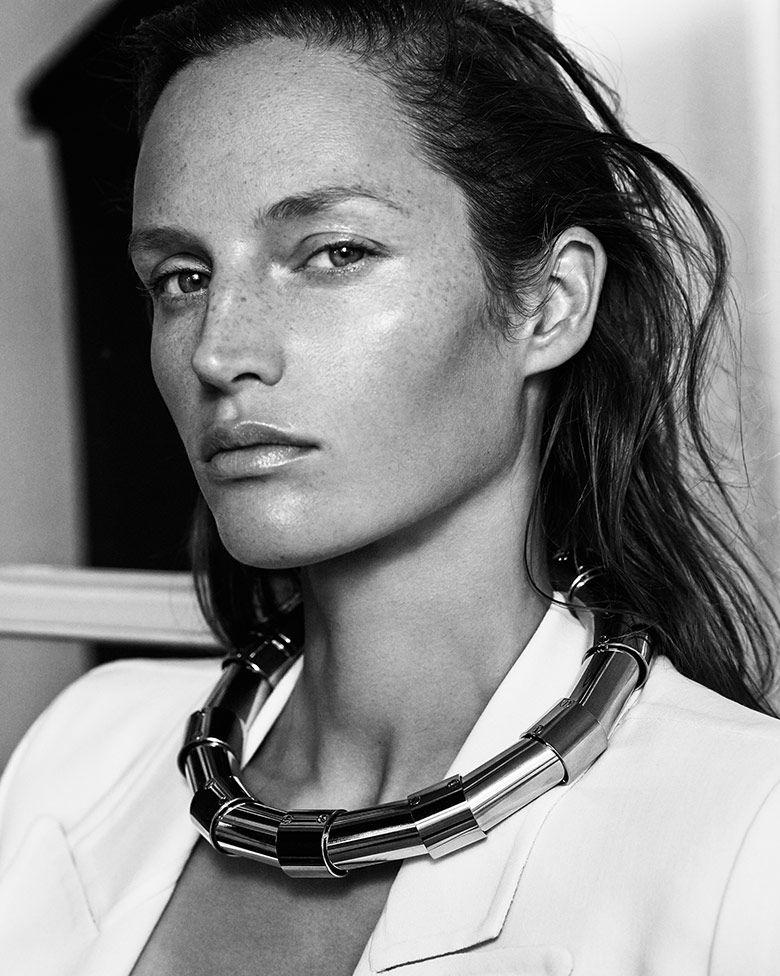 Vivien Solari is captured by Rafael Stahelin for Harper's Bazaar Japan January 2015. Styled by Mika Mizutani. Hair by Damien Boissinot. Make-up by Steven Canavan.