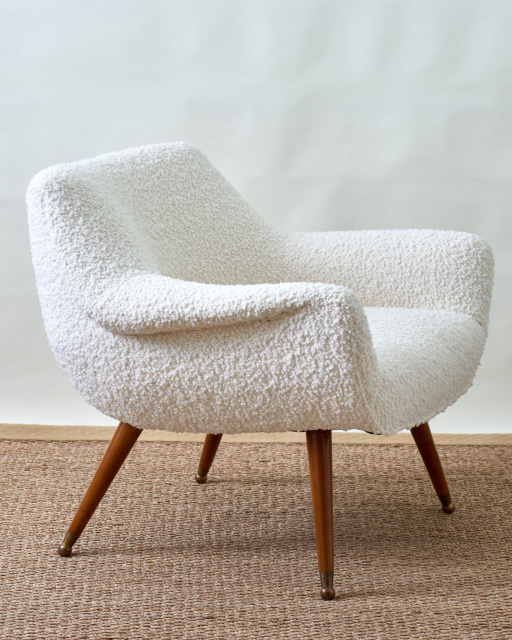 White Boucle Chair Ca 1950 S In 2020 Upholstered Chairs Chair