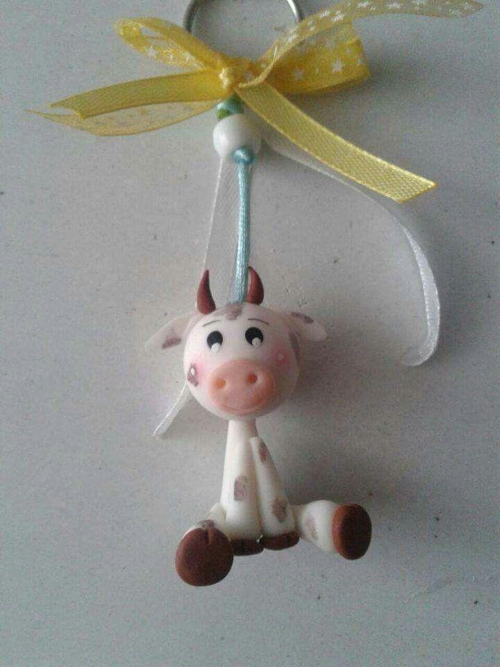 Llavero de vaca en porcelana fria