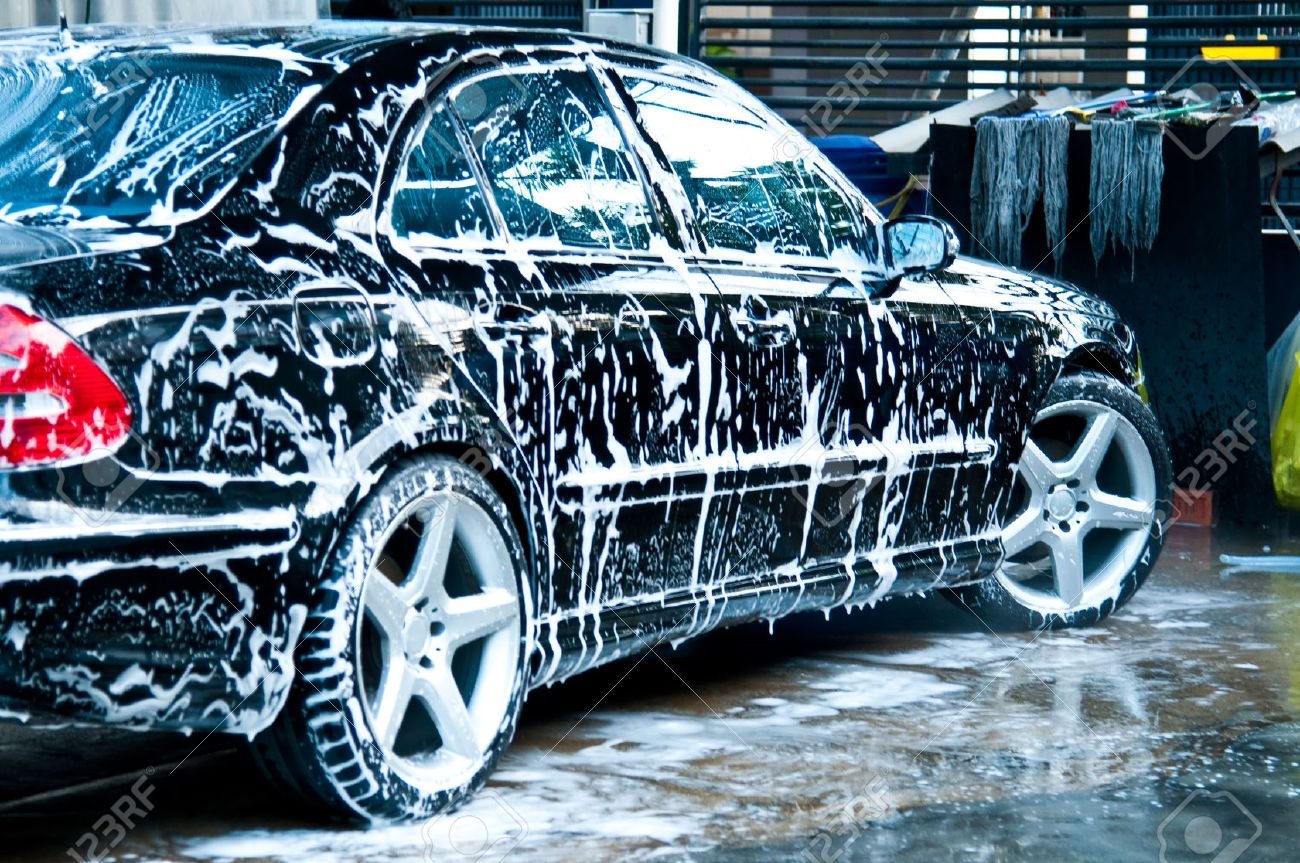 Why Opt For Hand Car Cleaning Service Leaving Behind The