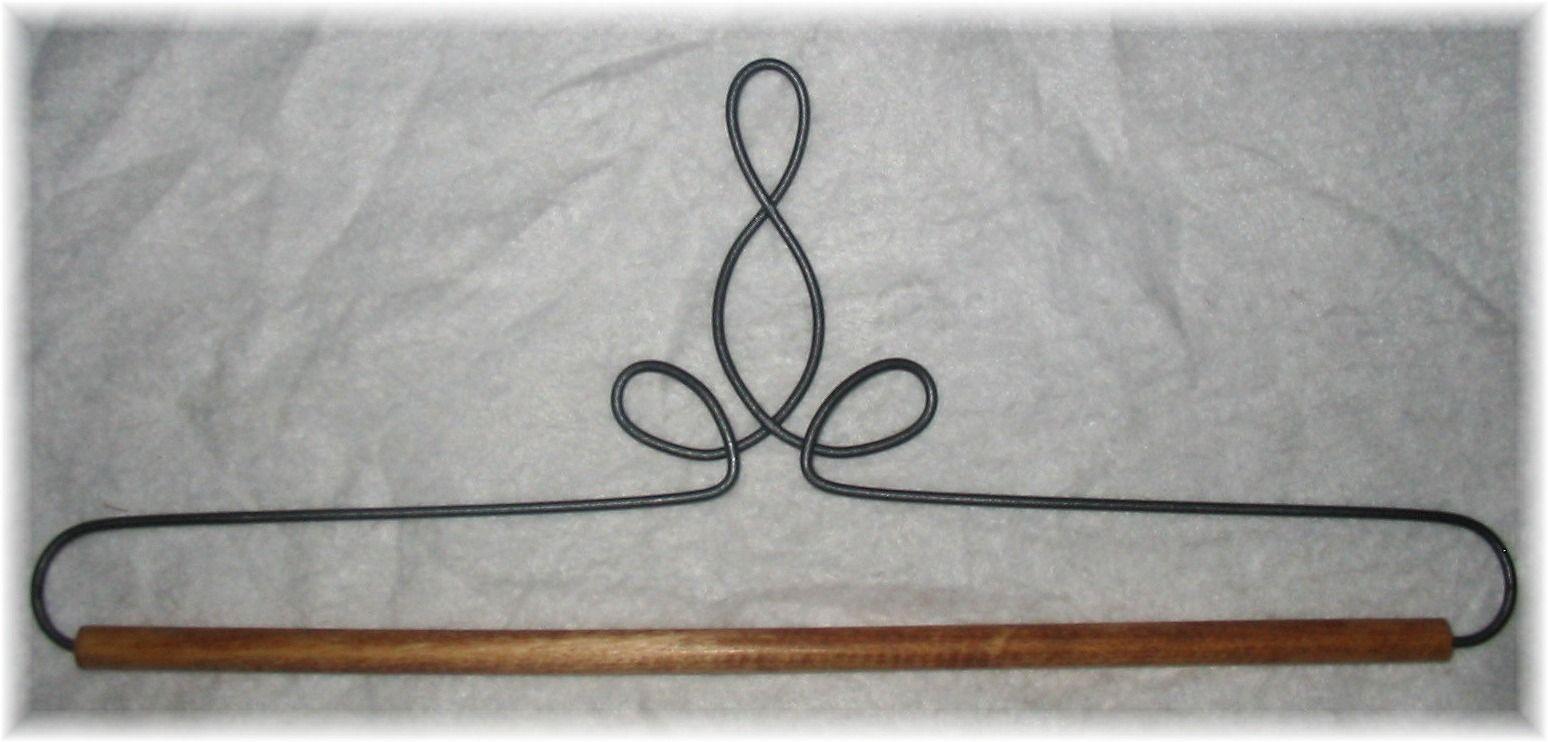 Hangers, quilt display, quilt holders, quilt hangers, wall ...