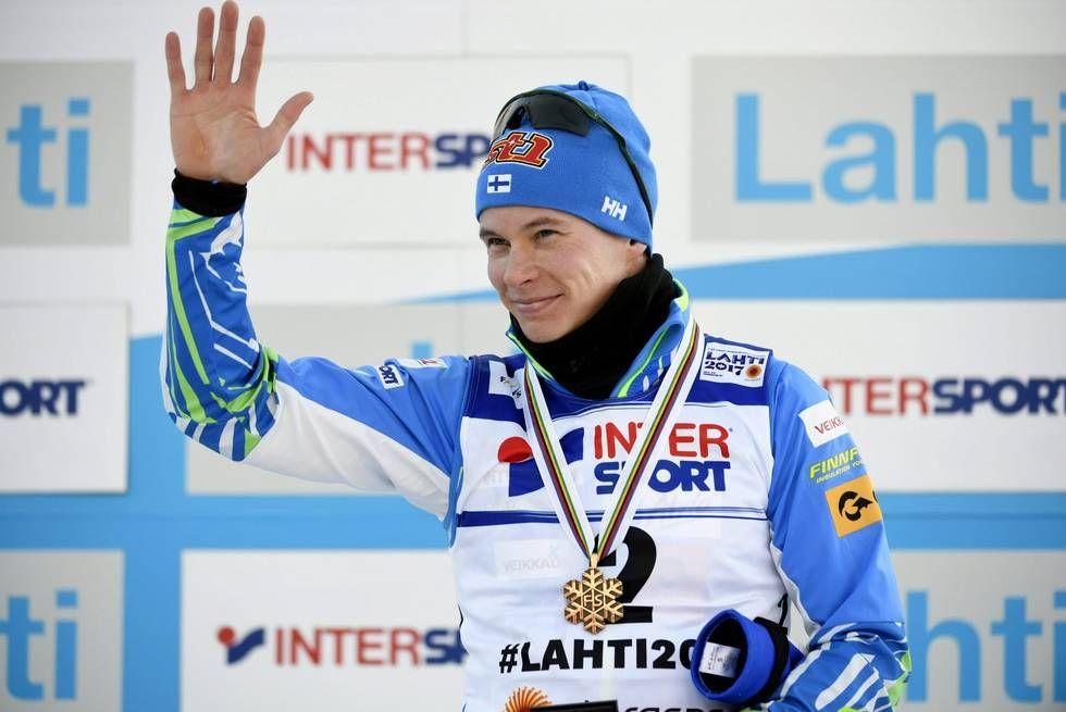 Matti Heikkinen ja pronssimitali.