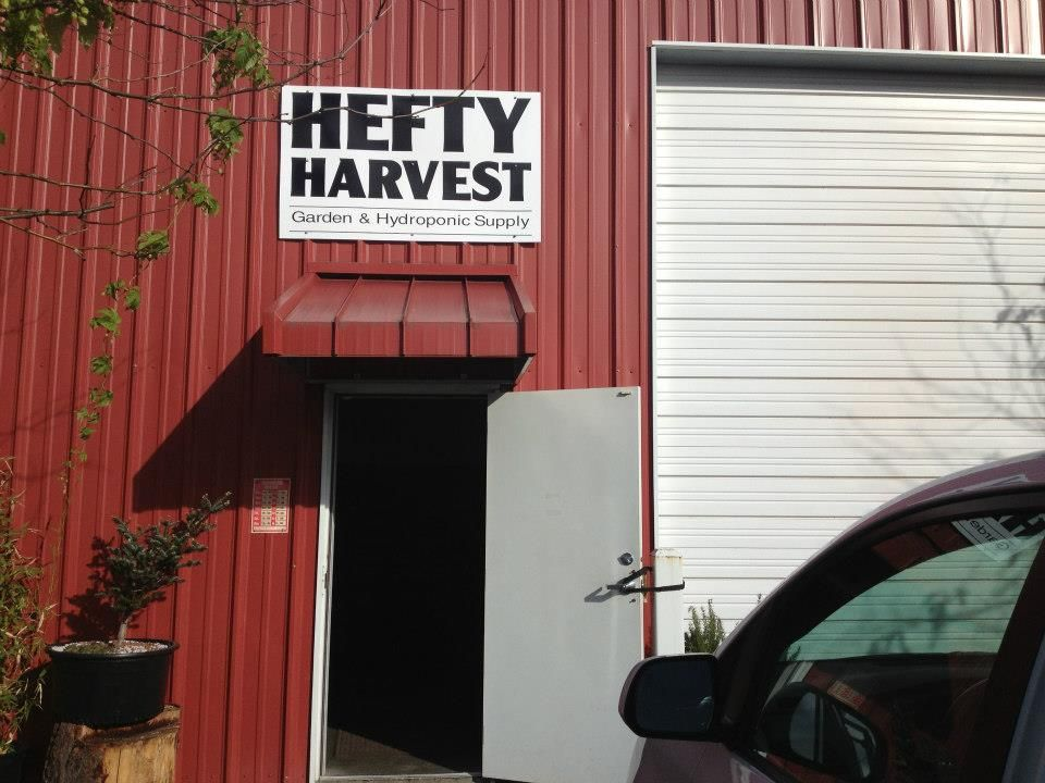 Hefty Harvest in Washington! Hydroponic supplies, Garage